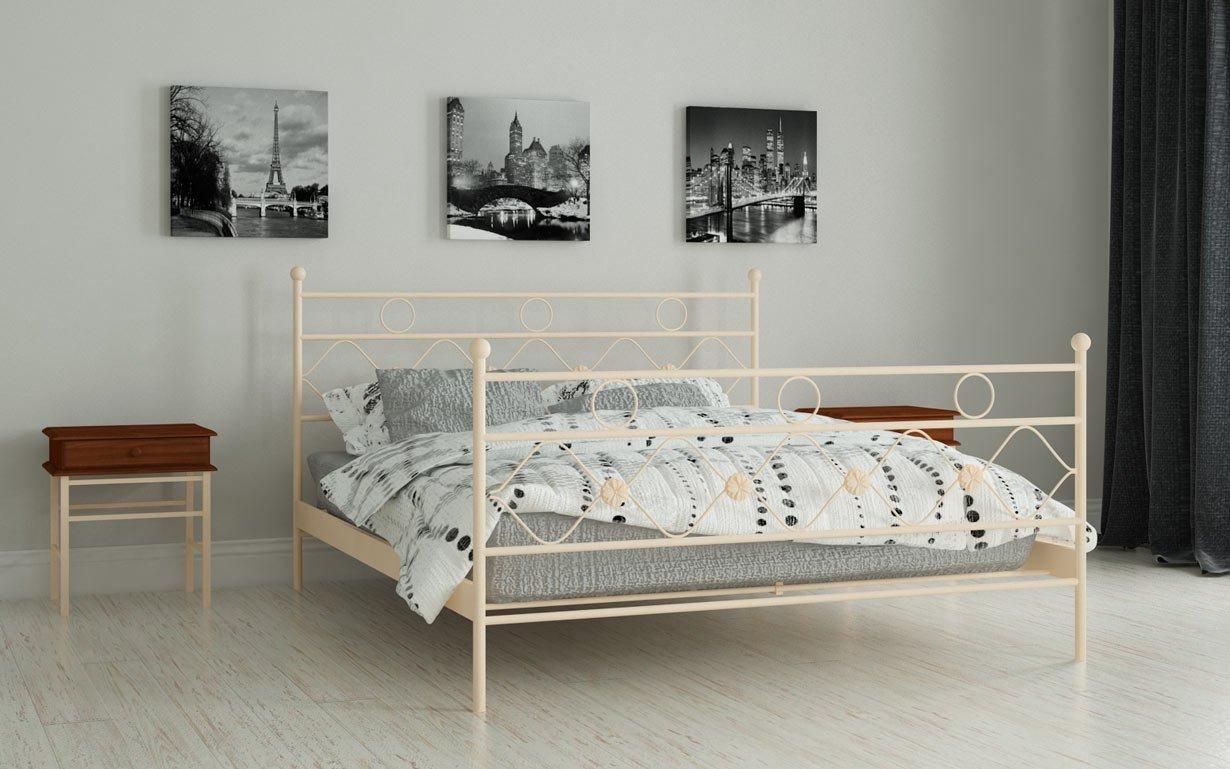 Кровать Бриана Мадера. Фото 1